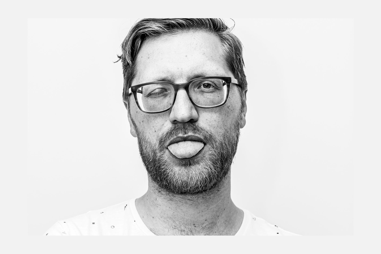 Lea Taaks Art Direction + UI Design – Portrait Photo